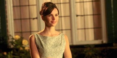Felicity Jones Earns Oscar Best Actress Nom for Theory of Everything